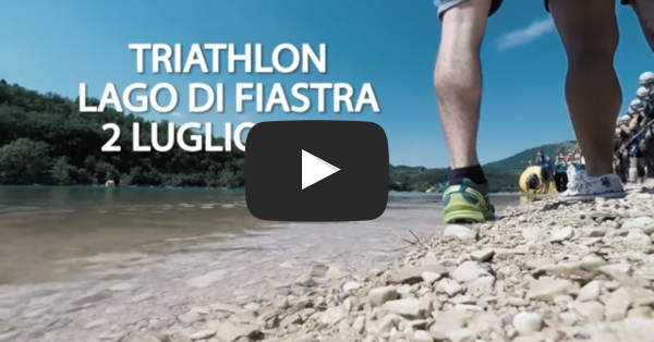 Triathlon 2016: ingresso in acqua, cambio, mountain bike!